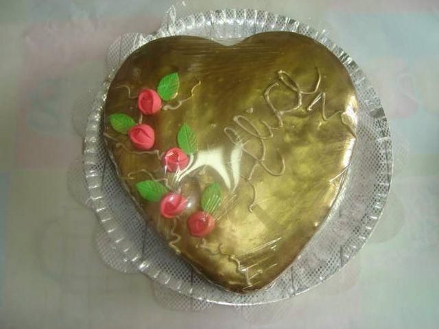 Bolo de Pão de Mel em Formato de Coração