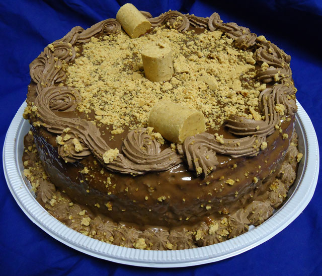 Bolo de Chocolate com Trufa de Paçoca