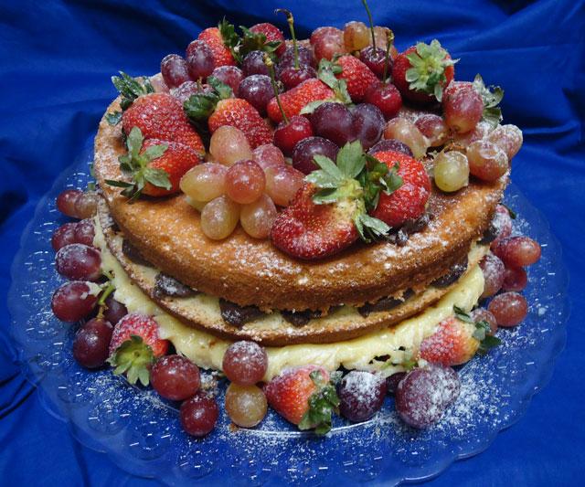 Bolo Naked Cake com Frutas