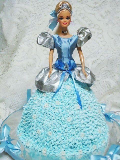 Bolo Boneca Princesa Cinderela