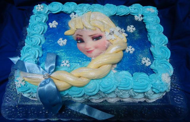 Bolo Frozen - Princesa Elsa com Papel de Arroz e Trança de Pasta Americana
