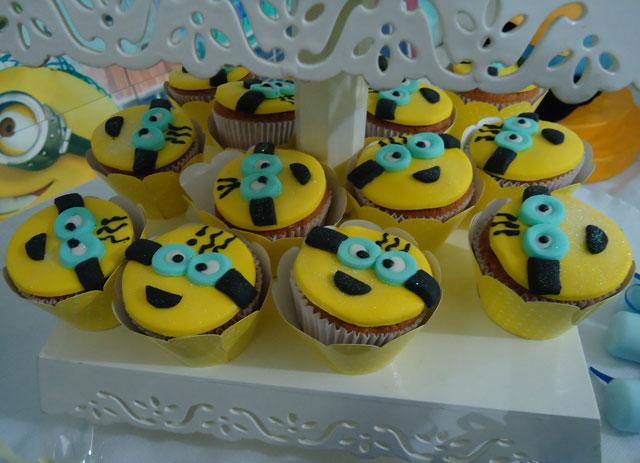 Cupcakes dos Minions