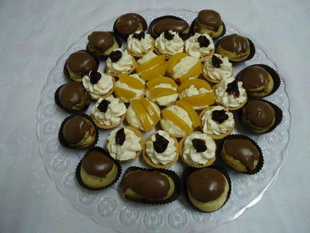 Mini Tortinhas e Profiteroles
