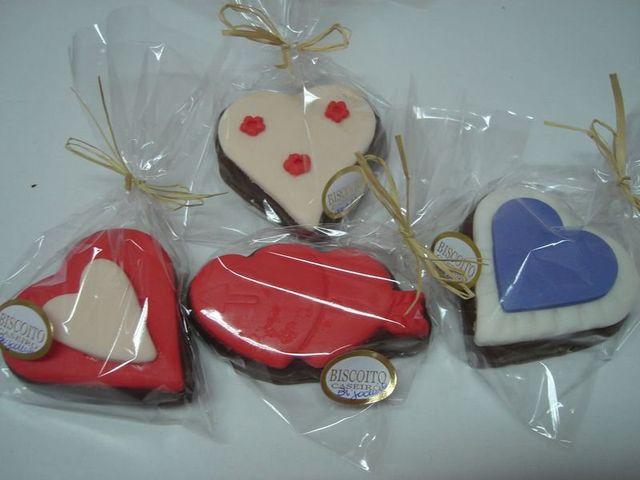 Lembrancinhas de Chocolate Decorado com Pasta Americana