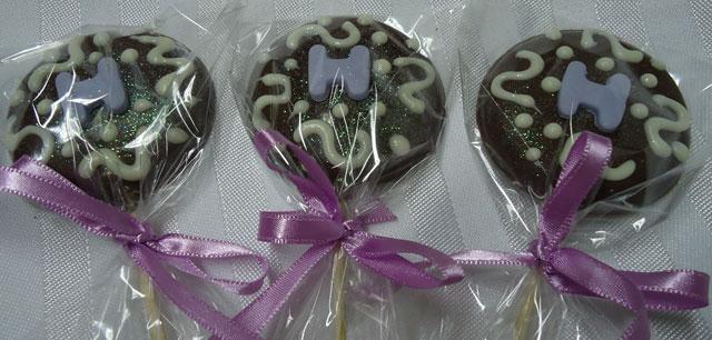 Lembrancinha de Pirulito de Chocolate Decorado